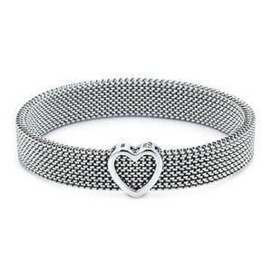 Tiffany & Co Somerset Heart Stretch Bracelet